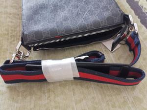 2021 cuero Mejor Todo Red Stripe Negro Hombres hombro del bolso del mensaje Carta hardware del oro empaqueta el envío libre 523599