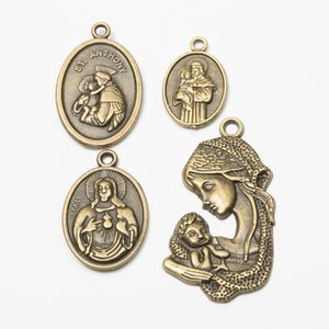 40pcs Mix Antique Vintage religiose fascino Cristianesimo ciondoli in bronzo gatto Cristo Gesù per la collana del braccialetto dell'orecchino della creazione di gioielli fai da te