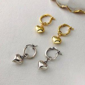 Love and Korean S925 Sterling Silber Frauen Temperament Nische Design Ohrringe der Frauen kurz herzförmige Ohrringe