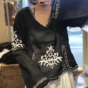 Tişört kadın gevşek sanatsal çan kollu V yakalı uzun kollu üst üst milliyet embr keten M940U 2019 Sonbahar Yeni nakış Milli tarzı