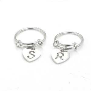 1,6 mm de acero inoxidable Alex bobina de amor de elevación de elevación 26, anillo, anillo anillo colgante letra Inglés