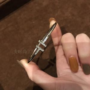 La apertura 925 se puede ajustar joyería de plata salvaje sencilla de titanio de acero ajuste de circón microscópica pulsera brazalete de complementos femeninos