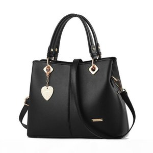 Designer Handbags New Products 2020 Fashion Trend Ladies Handbags Luxury Large Capacity Shoulder Messenger Bag
