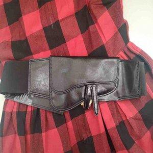 Cosmicchic D Brief Frauen Echtes Leder Breite Gürtel elastische hohe Taillen-Gürtel-Metall Brief Femme 2019 beiläufige Cummerbunds P5Kx #