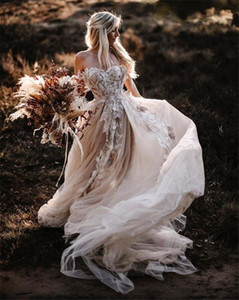 Romántico de encaje floral País Vestidos de novia Una línea Off Shoulder Backless Sexy Tulle Beach Boho Boho Bohemian Bohemian Fide Vestido