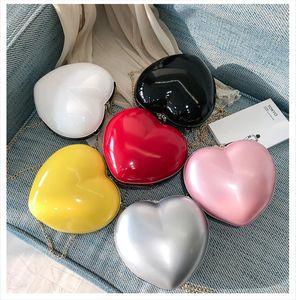 Women Handbags Clutch Female Heart Shaped Messenger Bag Crossbody Shoulderbag Evening Party Purse Small Travel Beach Bag