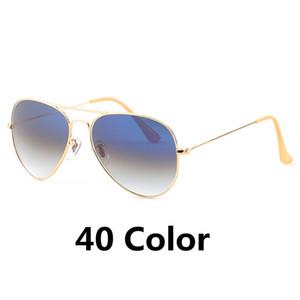 Yüksek Kaliteli Marka Tasarımcı Pilot Güneş Erkekler Kadınlar Güneş 58 mm Metal Çerçeve UV400 Gradyan Cam Lens 40 Renkler