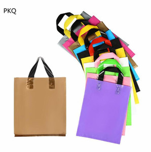 25pcs High Quality Gift Bags with handles 12C Plastic Shopping Bag Wedding Paty Bag Present Wrapping Supplies 30x38x8cm