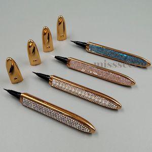 Nouveau imperméable auto-adhésif Eyeliner pour Faux cils Pas besoin de colle pour porter Lashes Traceur liquide solide auto-adhésif Cils Liners