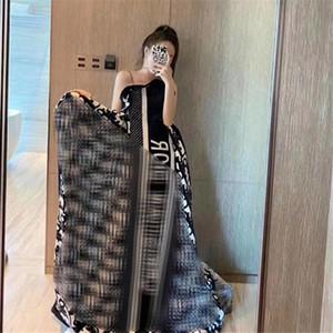 Kadın Güzel Battaniye için INS Moda Letter Unisex Battaniyeler Klasik Yumuşak Dokunuş Erkekler Kadınlar Kadife Şal Doğum Hediye