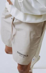 Pantalones cortos para hombre Streetwear Essentials High Street Summer Shorts para hombres Hip Hop Streetwear con 2 colores