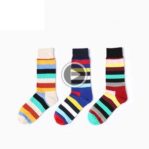 2pcs ig Fasion Personalidade Qlity engraçado Socks Retro Nacional Estilo Stripe Sock do Masculino Cotton Socks macio reatale Man Sock VT0825 Todd