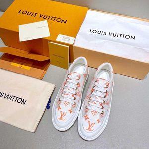 2020 جديد ربيع وصيف انفجار نماذج الأزياء الكلاسيكية الراقية جو اللون البرية أحذية بيضاء صغيرة عارضة أحذية نسائية