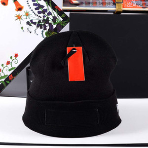 Unisex Gorros de invierno sombrero hecho etiqueta del sombrero de la mujer para el calentamiento del color sólido de los hombres del capo del sombrero