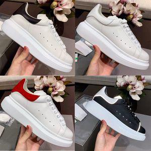 2020 Velvet Black Mens Womens Chaussures Piattaforma riflettente Piattaforma riflettente Sneakers scarpe scarpe da ginnastica in vera pelle Colori solidi Party Scarpe da sposa Party