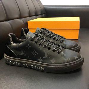 Alta versione nuova personalità messa in vendita Mens selvatici pattini casuali, modello superiore qualità di stampa piatto Mens fondo Casual Shoes dimensioni 38-44 00001