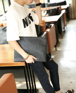 Stylish men in Europe and the United States briefcase PU Leather 36X28cm A4 paper size Envelope style man bag W3 017