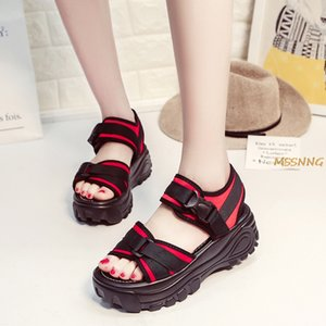 2020 лето новый женщин Сандалии моды смешанный цвет пряжки ремень клинья Женская обувь Толстые Bottom Peep Toe женщин сандалии