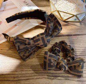 2020 Vintage-Stirnband-Blume verknotete Haarband für Frauen arbeiten IN koreanischen Mädchen-Haar-Zusätzen Fairy Einfachen gestreiften Hair Rope Set
