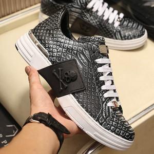 Escala cráneo plataforma para hombre del diseñador zapatillas de deporte superiores de cuero de vaca de hierro gris de alta calidad de la moda del Ins mujeres de moda los zapatos casuales con la caja