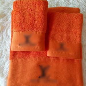 Luxe Adultes Serviettes de bain Set de broderie Designer serviette Set Coton blanc Serviette de bain Absorption d'eau Ensembles de serviettes