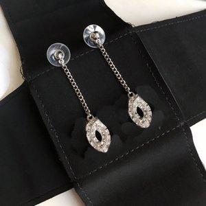 Женщина серьги Rhinestone серьги для подарков Шарм Top Brass качества 925 Silver Pin серьги ювелирные изделия серьги