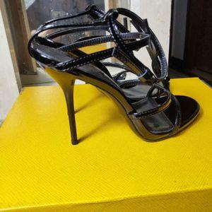 newStyle clásico de lujo Europea de Mujeres Sandalias Zapatillas Moda sandalia atractiva carta de oro alfabética de alta costura de cuero del talón letras
