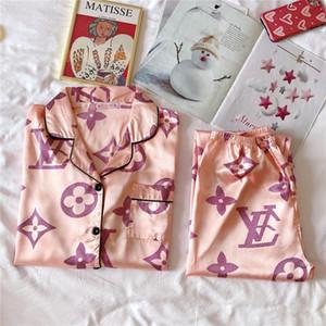 Weibliche Silk Kimono Robe-Sätze Lovers Paar Nightgown Badekleid Blume gedruckt Nachtwäsche Herren Nachtwäsche weiches Bademantel Satin Nachthemd # 252