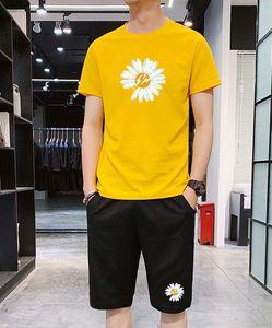 2020 Нового прибытия Мужской костюмы Мода Мужской Малый Daisy печать двухкусочного Leisure Suit вскользь Men Активный дышащие костюмы Размер M-4XL