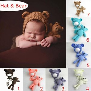 Ins 100% Baumwollbaby-Fotografie Props Hüte und Bär Spielzeug Set Handmade Knitting Neugeborene Fotografie Prop Little Bear Hat Caps 7colors wählen