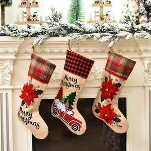 2020 Yeni Noel dekoratif Çorap Noel hediyesi çantası Kırmızı çizgi film araba Noel Baba çorap 3 stilleri T3I51026