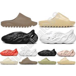 Nuovo 2020 desinger Kanye West diapositive Uomo Donna Bambini pantofole scarpe da ginnastica Bone Terra Deserto di sabbia Brown resina Slipper Schiuma Runner Sandali