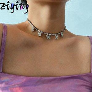 Gioielli animali lucide Harajuku di cristallo farfalla sveglia del pendente della collana per le donne alla moda del partito della farfalla del Rhinestone Choker Necklac