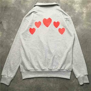 20FW осень мода мужчины и женщины отворотом шеи куртки Мужские сердца Письма Печать Zipper Jacket Пара Тонкий куртка 2 цвета размер S-2XL