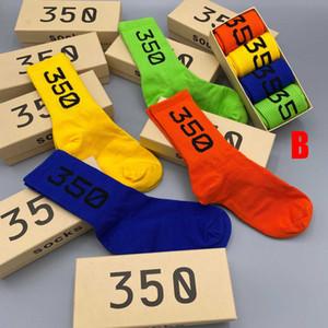 Mens High Socks 20fw Mens casuali del calzino delle lettere di modo ricamo Alta moda all'ingrosso 2 insiemi in alta qualità della lll20853