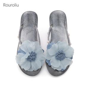 Rouroliu 2020 Summer Flower Flip Flops femmes Sole souple Accueil Chaussures Plage Casual Pantoufles talon plat bling Diapositives