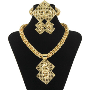Wholesale Luxury Nigerian Women Wedding Jewelry Sets Big Chunky Necklace Earrings Bridal Dubai Gold African Beads Jewelry Set Y200810