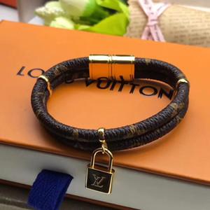Top braceelt en cuir de qualité avec un cadenas en or plaqué doubles couches pour les bijoux engagement des femmes cadeau PS5308A