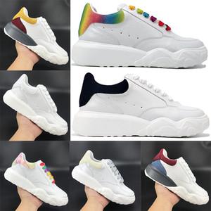 Hot Court Trainer Platform Platform Shoes White Bianco Nero Navy Rainbow Uomo Donna Casusl Sneakers all'aperto Bagliore multicolore nei formatori scuri US 4-11