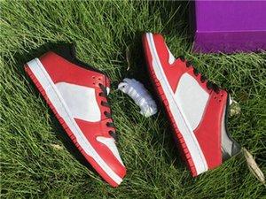 Yeni Sürüm Dunk SB Düşük Chicago Kaykay Mens 2020 Yeni Sb Dunks 1s OG Siyah Kırmızı Beyaz Sneakers Ayakkabı Koşu