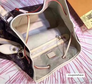 CLASSIC CAPUCINES M40372 WOMEN FASHION TAURILLON COWSKIN SHOULDER BAGS TOTES