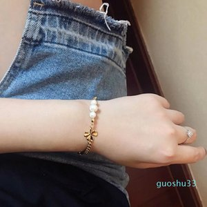 Hot Sale Fashion four-leaf clover catenary classic D letter small bee pearl bracelet star hand catenary women's exquisite jewelry