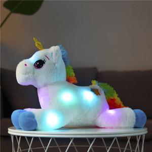 40CM LED القطيفة تضيء لعب يونيكورن حيوانات محشوة لعب القطيفة لطيف المهر الحصان لعبة لينة دمية لعب اطفال عيد الميلاد هدايا عيد الميلاد LJ200808