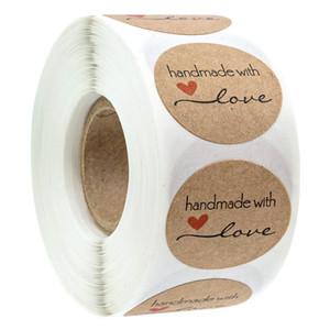 500pcs 2.5cm main avec amour papier kraft adhésifs ronds étiquettes adhésives de cuisson de soirée de mariage décoration autocollant