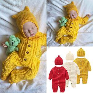 Новая мода ребёнки Ромпер Цельный с длинным рукавом свитера Hat Кнопка свитер Две пьесы Set Осень Зима Новый Детская одежда D82407