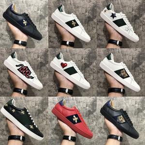 Nueva llegada de la manera de los hombres ocasionales de las mujeres zapatos de las zapatillas de deporte de calidad superior del cuero genuino abeja bordada