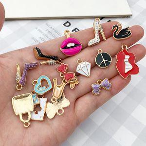 Pendentifs Charms Mignon DIY Faire des bijoux 55pcs / Pack Collier Bracelet Multistyle Accessoires de bricolage Composants de bricolage Prix en gros XLTEV