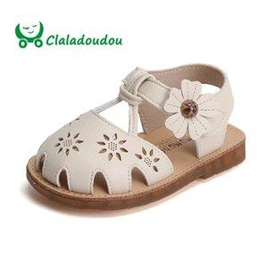 Claladoudou 11.5-13.5CM 브랜드 아기 소녀 우선 샌들 유아 여자 중공 꽃 스트랩 여름 워커 신발 유아 소프트 플랫