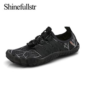 Estate Bambini Aqua Shoes Barefoot Water Beach Wading Aquashoes Child Swimming sport nautici 5 Finger Sneakers Chaussure Plage Enfant 200922