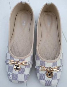 2021 حذاء المرأة lvBrand موضة صنادل الصيف المصارع أحذية السيدات أحذية امرأة الراحة بيتش شقة الصنادل